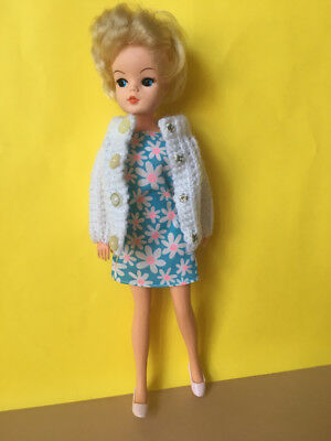 REDUCED Blue dress daisy floral white hand made knit fit Sindy Barbie SHIMMYSHIM