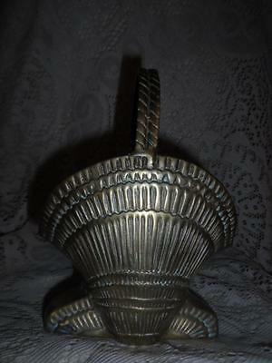 Vntg LG.Solid Brass Ornate Nauticul SeaShell Handled Brides Basket Vase Planter