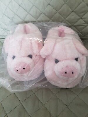 New Comfy Feet Pink Pig Slippers - Women's size M (5.5-7.5)
