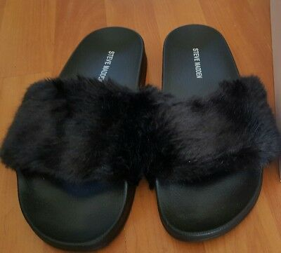 d4bd0b60948 STEVE MADDEN WOMEN S Softey Slide Sandal Black Fur Size 8 Medium NEW ...