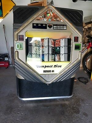 Rowe Cd-100 E Jukebox. Clean, Great Sound, Solid Nice Looking Cabinet