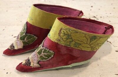 Pair Of Vintage Antique Petite Chinese Embroidered Bound Foot Slipper Shoes