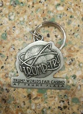 Vintage metal Trump World's Fair Casino at Trump Plaza Key Chain New Old Stock!!