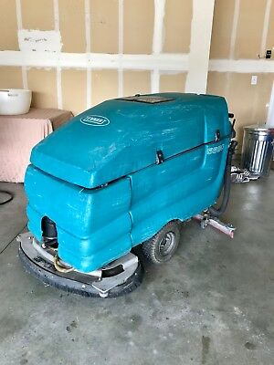 """Tennant 5680 32"""" Walk Behind Disk Floor Scrubber Extra Disks And Charger!"""