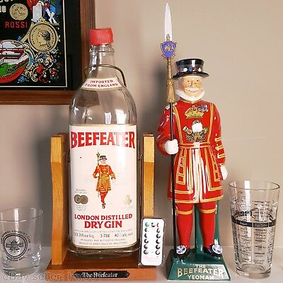 BEEFEATER Ceramic Decanter Figure + Large 1 Gallon Bottle with LIGHTS + Remote