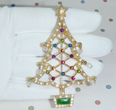 2005 Avon Annual Christmas Tree Collectible Pin Brooch