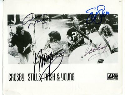 csny CROSBY STILLS NASH & YOUNG autograph HAND SIGNED 2490