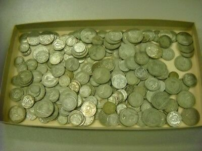 CB563d) Australia Silver coins, plus maybe a few foreign. Issued 1946-1963 5Kg