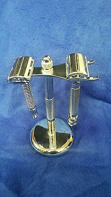 Shaving Set 2 Razors and Stand