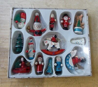Vintage Style Painted Wooden Christmas Tree Decorations