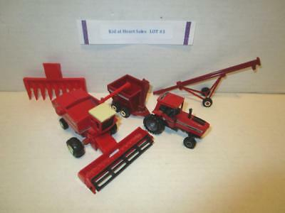 IH Combine, IH 5088 Tractor, Hesston Auger Wagon & Auger 1/64 Scale Lot #3