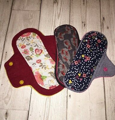 New Reusable Cloth Menstural Pads. Cotton Sanitary Pads. Mamma Cloth.