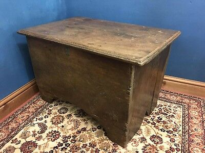 Small 18th Century Welsh Oak Coffer - Delivery Available