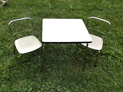 Childs Mid-Century Formica and Chrome Table and 2 Chairs