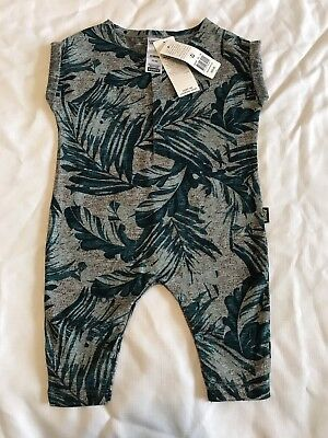 Size 000 Bonds Outfit Boys Leaf Design Baby