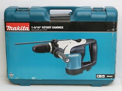 "Makita HR4002 10 Amp 1-9/16"" Corded SDS-MAX Concrete/Masonry Rotary Hammer Drill"