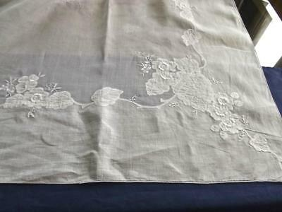 """Vintage White Organdy & Linen 50""""Sq Tablecloth Bridal Topper FAB Hand Embroidery"""