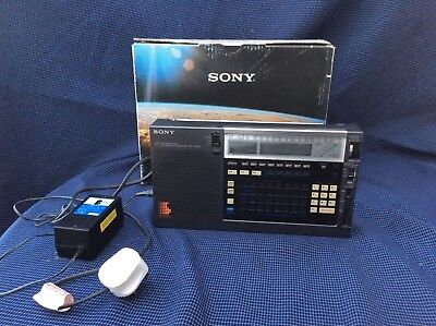 Boxed Sony icf-200D world band receiver