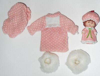 Strawberry Shortcake Doll Nightgown Cap Slippers and Matching PVC Figure
