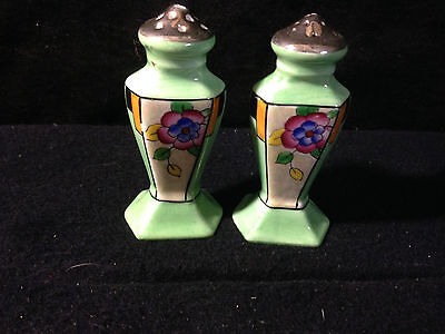 Handpainted salt and pepper shakers ceramicgreen with flower - Made in Japan