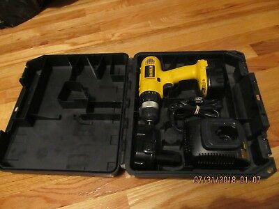 Dewalt Dw928 Cordless Drill Driver 3/8 (10Mm)  W/case & Dw9118 Battery Charger