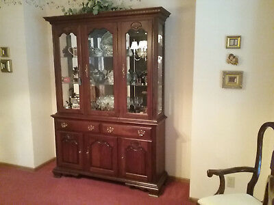 Pennsylvania House Solid Cherry China Cabinet Buffet Hutch