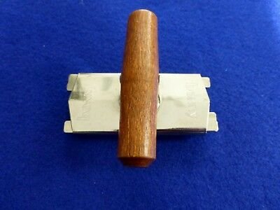 Vintage Bonny Top off Bottle Jar Opener Ratcheted Wood Handle Made USA, MINT