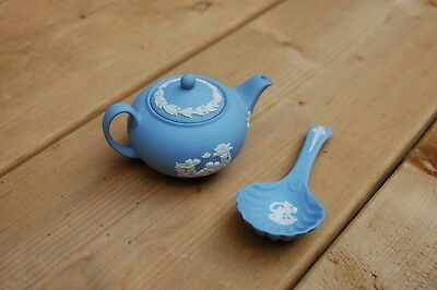 Miniature Wedgwood Teapot and Sugar Spoon England Dollhouse Collectable