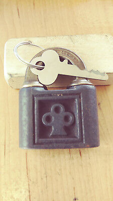 antique/vintage yale 805 push key padlock w/key works good  637