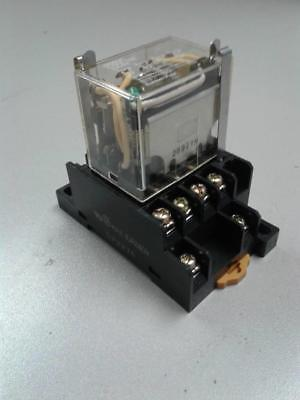 Omron LY4N-D2 24 Vdc Relay With Base