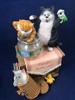 San Francisco Music Box Company Angus & Friends Caught In the Act Kitty Cats