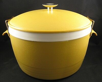 Vintage Sunfrost Therm-O-Ware Insulated Covered Bowl Gold with Latch Lid