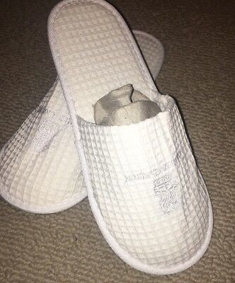 New RITZ CARLTON Embroidered Hotel slippers White Cotton **** Free Shipping****