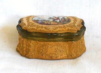 Early C19Th Meissen Gilt Trinket Box With A Hand Painted Picture Of Horsemen