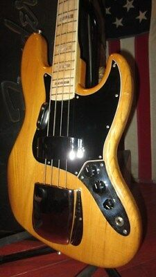 Vintage Original 1974 Fender Jazz Bass Original Natural Finish Original Case