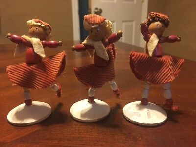 Vintage ICE SKATERS Skating Figurines Girls Wooden Bead Wire Pipe Cleaner Fabric