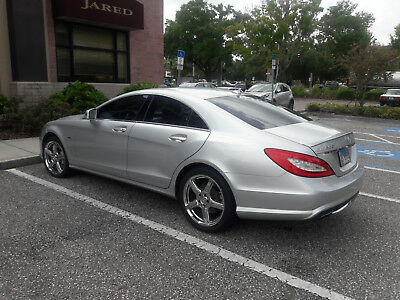 2012 Mercedes-Benz CLS-Class  2012 Mercedes Benz CLS 550 in Excellent condition  ( twin turbo blue efficiency)