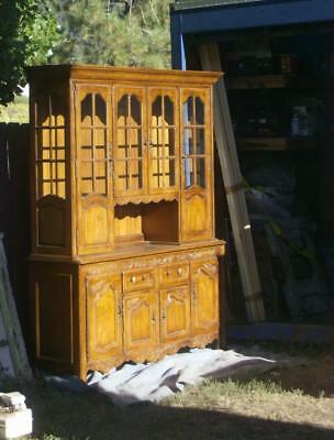 Thomasville China Cabinet Dining Room Vintage Victorian Wood Country Glass Door