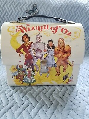 Vandor Metal Tin The Wizard of Oz Dome Top Lunchbox