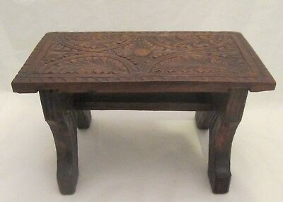 A Fine 19thC Ornate Carved Wooden Foot Stool / Fireside Stand