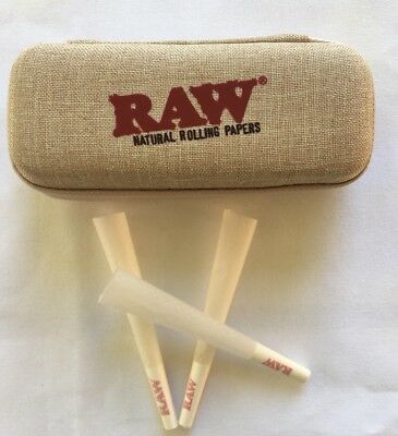 RAW cone wallet + RAW Organic cones 1 1/4 Size Pre-Rolled with Filter (50 pack)