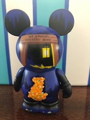 "DISNEY VINYLMATION 3"" Park Set 13 Tom Sawyer Island Caves"
