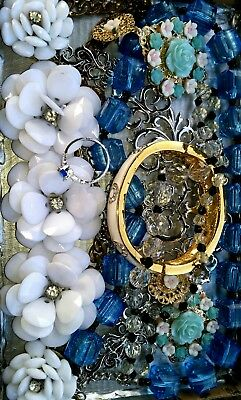 Huge Vintage & Now Jewelry Lot Estate Find Junk Drawer UNSEARCHED UNTESTED#*blue