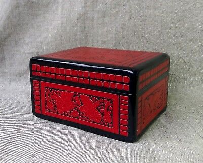 Beautiful Olinala Lacquered Box. Mexican Folk Art.