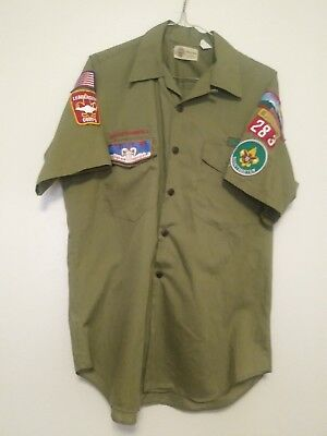 Vintage Boy Scouts Short Sleeve Shirt W / Patches Official Shirt Medium