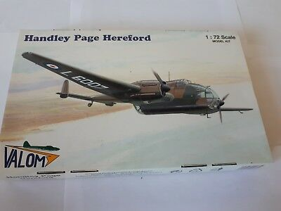 Valom 72035 Handley Page Hereford British Royal Air Force Bomber 1:72 PE WWII