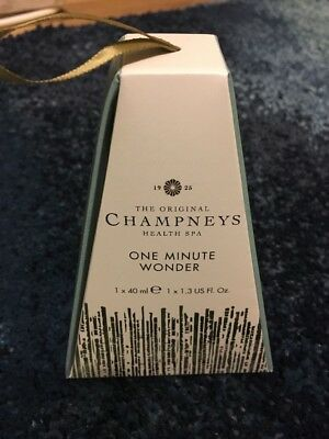 Brand New Champneys One Minute Wonder Hand Care Gift Set.