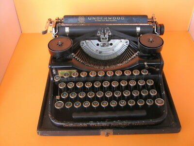Vintage  1920's Underwood Standard Four Bank Portable Typewriter