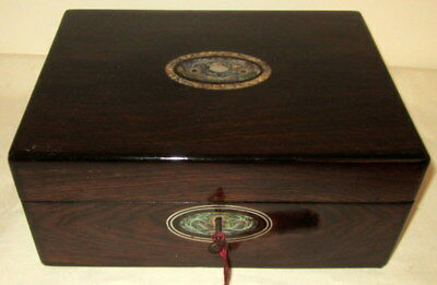 LOVELY VICTORIAN ROSEWOOD & MOTHER OF PEARL BOX with key