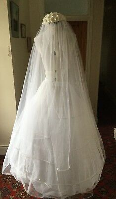 VINTAGE 1960's WEDDING VEIL WITH DAISY CAP BY RCH GIBBONS LTD